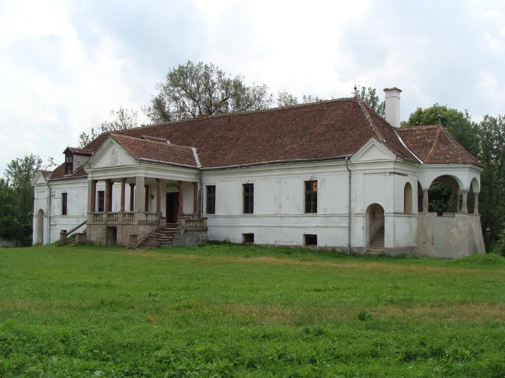 Kalonky Castle