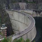 Vidraru Dam 01